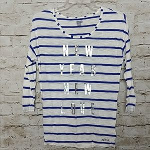 Aerie Tee Shirt Size Small Blue White